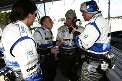 Andy Wallace discusses with Dyson Racing team members