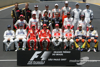 The end of season group photo