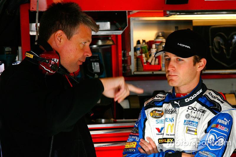 Team engineer Ian Watt works with Kasey Kahne