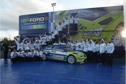 BP Ford team members celebrate manufacturers World Rally Championship 2007