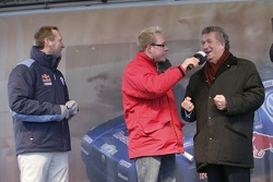 Volkswagen send-off event: Volkswagen Motorsport Director Kris Nissen, Rolf Schnellecke, town maire of Wolfsburg