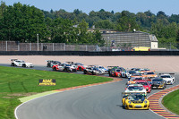 GT-Masters Photos - Start action