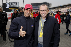 Emanule Pirro and FIA Single-Seater Commission Presdient Stefano Domenicali