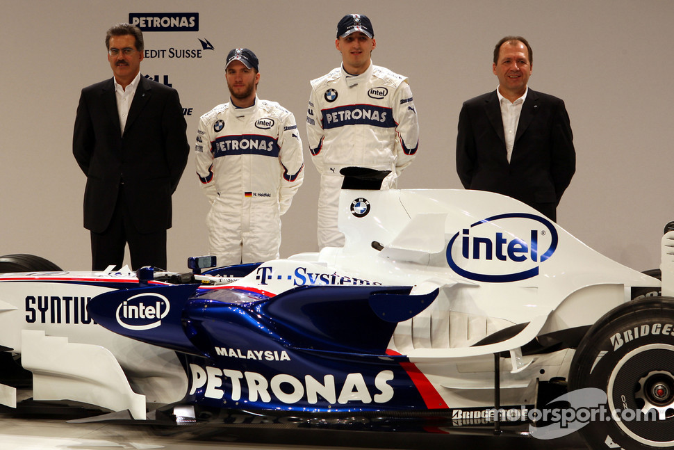 Dr. Mario Theissen, BMW Sauber F1 Team, BMW Motorsport Director, Nick Heidfeld, Robert Kubica, Willy Rampf, BMW-Sauber, Technical Director, pose with the new BMW Sauber F1.08