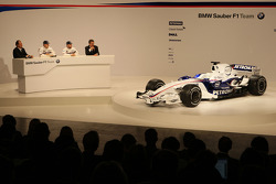 Robert Kubica, Nick Heidfeld, Willy Rampf, BMW-Sauber, Technical Director and Dr. Mario Theissen, BMW Sauber F1 Team, BMW Motorsport Director
