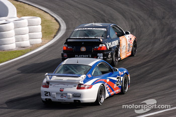 #28 Fall-Line Motorsports BMW M3 Coupe: Mark Boden, Steve Jenkins, #21 Motorsport Technologies Porsche 997: Andrew Davis, Tom Milner
