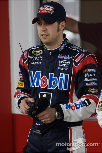 Raybestos Rookie of the Year radio-controlled car race event: Sam Hornish Jr.