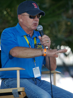 Fans forum with Geoff Bodine