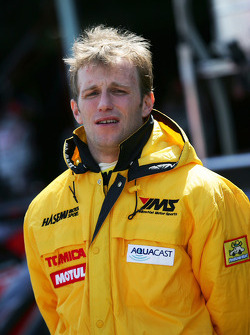 #3 YellowHat Yms Tomica GT-R: Ronnie Quintarelli
