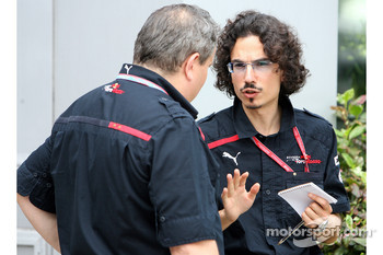 Laurent Mekies, Chief Engineer, Scuderia Toro Rosso and Giorgio Ascanelli, Scuderia Toro Rosso, Technical Director
