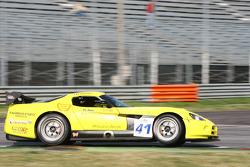 #41 La Torre Motorsport Dodge Viper Competition Coupe: Riccardo Romagnoli, Elio Marchetti