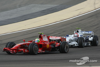 Felipe Massa, Scuderia Ferrari, F2008 and Robert Kubica, BMW Sauber F1 Team, F1.08