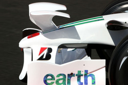 Rubens Barrichello, Honda Racing F1 Team, RA108 radical new front wing
