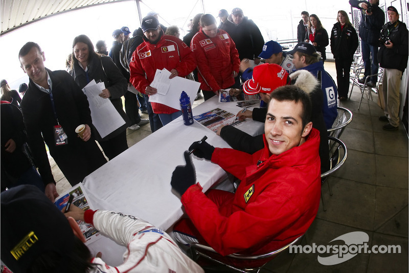 Autograph session: Christian Montanari