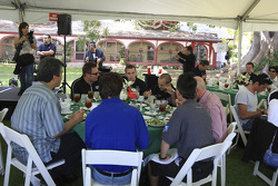 Drivers dining