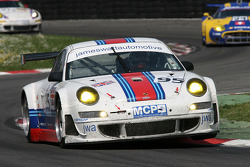 #95 James Watt Automotive Porsche 997 GT3 RSR: Tim Sudgen, Markus Palttalla, Paul Daniels