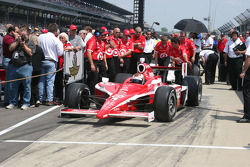 Scott Dixon pulls out to qualify