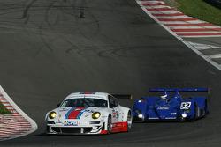 #95 James Watt Automotive Porsche 997 GT3 RSR: Tim Sudgen, Markus Palttalla, Paul Daniels, #32 Barazi - Epsilon Zytek 07S - Zytek: Juan Barazi, Fernando Rees, Michael Vergers