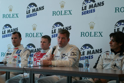 Press conference: Jos Verstappen answers questions