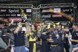 The NASCAR Sprint Pit Crew Challenge at the Time Warner Cable Arena in Charlotte: the Red Bull Crew wins the NASCAR Sprint Pit Crew Challenge