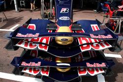 Scuderia Toro Rosso, front wing