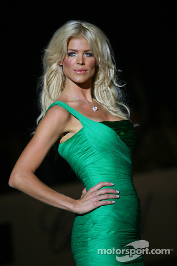 Victoria Silvisted Amber Fashion which benefits the  Elton John Aids Foundation