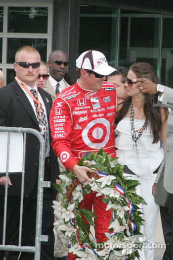 Scott Dixon and his wife Emma leave Victory Lane