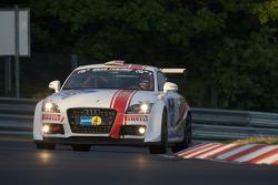 #145 Audi TT: Thomas Kroher, Philipp Leisen, Andreas Leue, Guglielmo Fiocchi