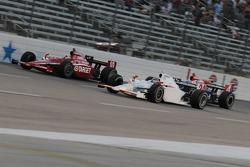 John Andretti passing Dan Wheldon
