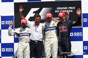 Podium: race winner Robert Kubica with Nick Heidfeld, David Coulthard and Dr. Mario Theissen
