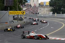 Pace lap: Nico Hulkenberg