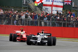 Nico Rosberg, WilliamsF1 Team leads Felipe Massa, Scuderia Ferrari
