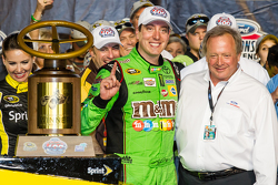 Victory lane: race winner and 2015 NASCAR Sprint Cup series champion Kyle Busch, Joe Gibbs Racing Toyota celebrates with Edsel Ford II