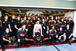 Romain Grosjean, Lotus F1 Team at a team photograph