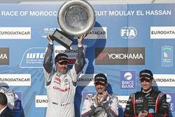 Podium: winner Yvan Muller, Citroën C-Elysee WTCC, Citroën World Touring Car team, third place Jose Maria Lopez, Citroën C-Elysee WTCC, Citroën World Touring Car team and Tom Chilton, Chevrolet RML Cruze TC1, ROAL Motorsport