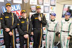 Post-race press conference: race winners Shane van Gisbergen, Alvaro Parente, Jonathon Webb, Tekno Autosports, third place Steven Kane, Guys Smith, Bentley Team M-Sport
