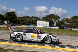 #911 Porsche Team North America Porsche 911 RSR: Frédéric Makowiecki, Patrick Pilet