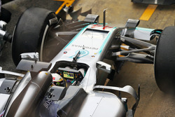 Lewis Hamilton, Mercedes AMG F1 W07 Hybrid in the pits