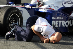 A BMW Sauber F1 Team mechanic is injured as Christian Klien, Test Driver, BMW Sauber F1 Team comes into the pits