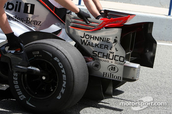 Pedro de la Rosa, Test Driver, McLaren Mercedes, MP4-23, detail, slicks