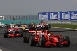 Start, Felipe Massa, Scuderia Ferrari, F2008 leads Lewis Hamilton, McLaren Mercedes