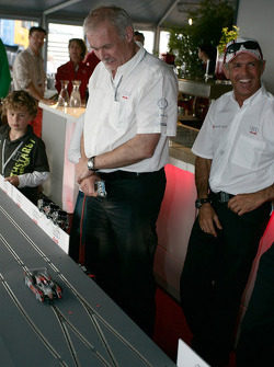 Ulrich Baretzky plays slot cars