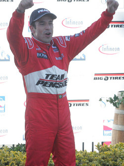 Podium: Helio Castroneves