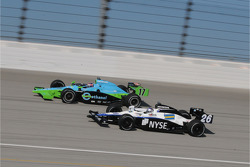 Ryan Hunter-Reay and Marco Andretti running together