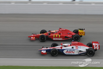 Darren Manning and Justin Wilson run together