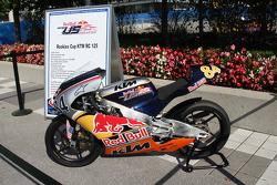 A 125cc rookies bike on display