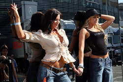 Candice Michelle and Kelly Kelly, WWE Wrestling