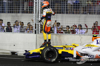 Nelson A. Piquet, Renault F1 Team, crashes