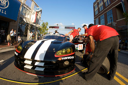 Petit Le Mans preview party at Atlantic Station: pit stop demo for #11 Primetime Race Group Dodge Viper Competition Coupe: Joel Feinberg, Chris Hall
