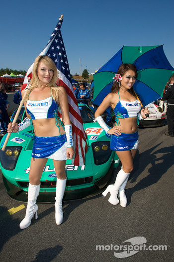 The stunning Falken Tire girls